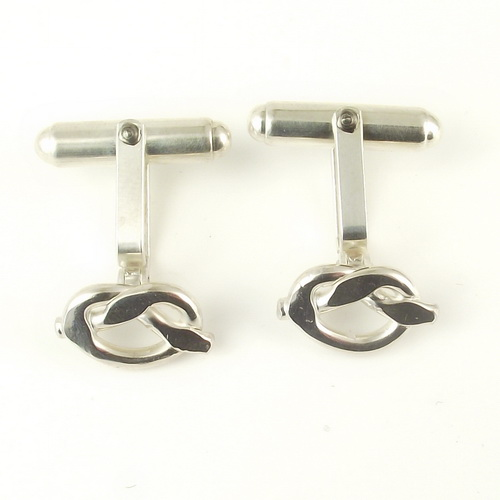 Smooth silver knot cufflinks